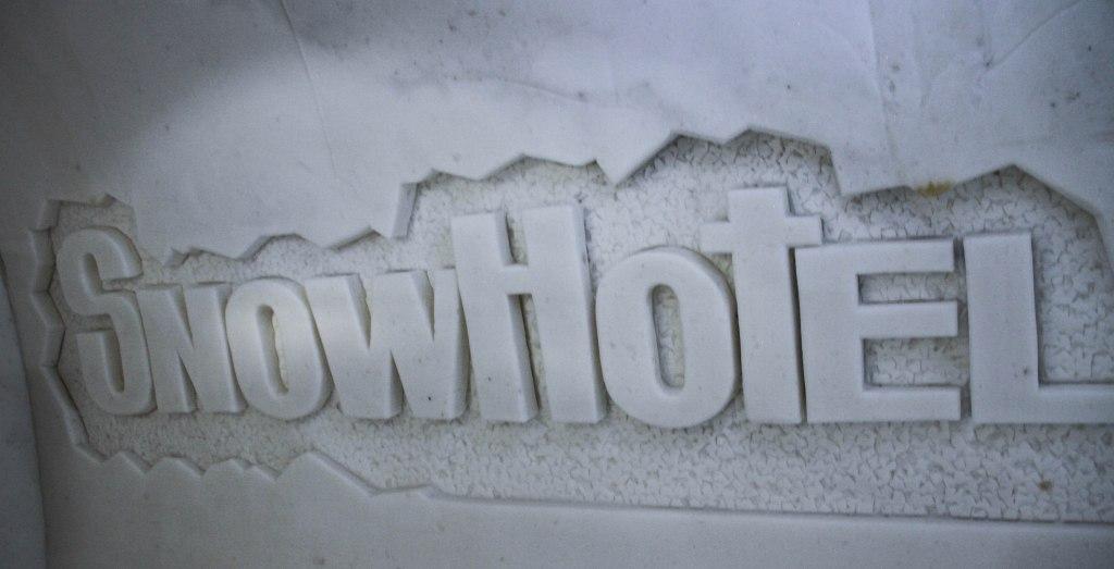 snow_castle_10